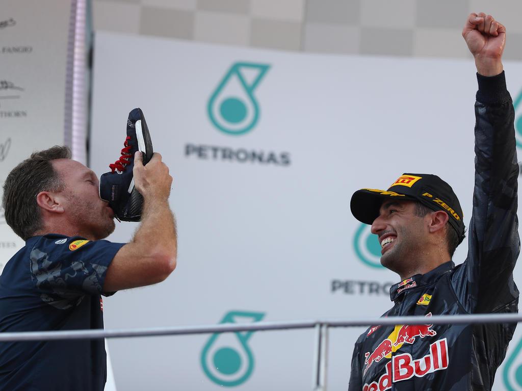 Chris Horner (l.) jubelt mit Daniel Ricciardo
