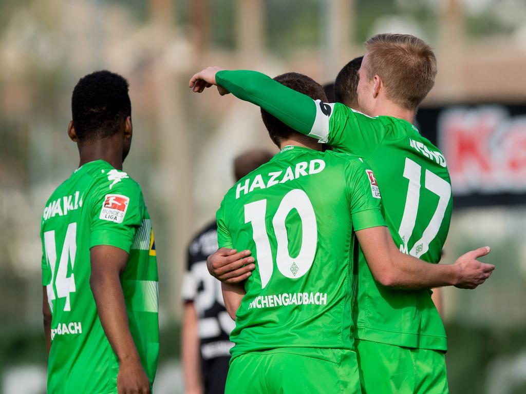 Thorgan Hazard (10) hat Gladbach-Coach Dieter Hecking einen Sieg zur Fohlen-Premiere geschenkt