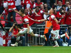 Arsenals Aaron Ramsey (l.) & Kieran Gibbs