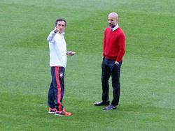 Guardiola weist die Rasen-Kritik zurück
