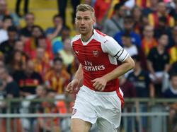 Per Mertesacker spielt eine weitere Saison beim FC Arsenal