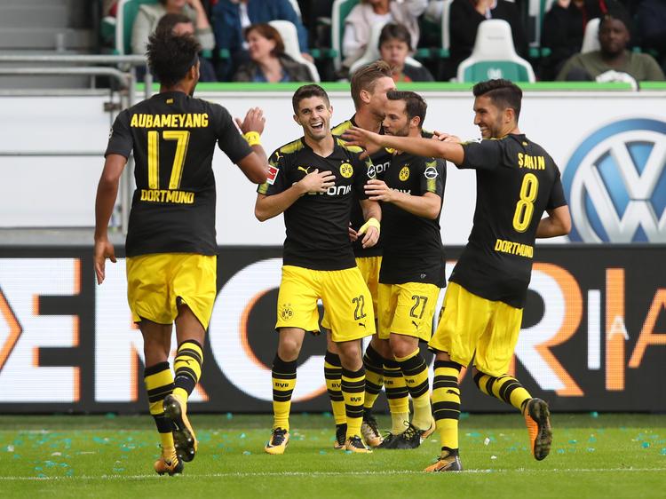 Borussia Dortmund hat sich souverän in Wolfsburg durchgesetzt