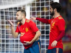 Jordi Alba abrió el marcador en La Rosaleda. (Foto: Getty)
