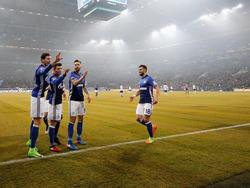 Der FC Schalke 04 schlägt Hertha BSC mit 2:0