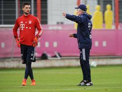 Geht es nach Heynckes (re.) soll Ulreich (li.) langfristig beim FCB bleiben