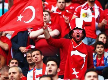 Die türkischen Fans hoffen auf die EM im eigenen Land