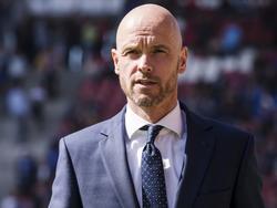 FC Utrecht-trainer is klaar voor het duel met zijn oude club, FC Twente. (09-04-2017)