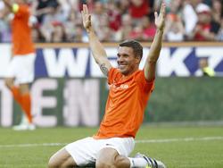 Lukas Podolski beweist auch abseits des Platzes seine Qualitäten