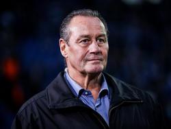 Huub Stevens trainiert einst den Hamburger SV