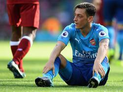 Mesut Özil soll sich mit einem Wechsel zu Manchester United befassen