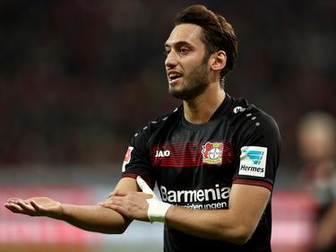 Leverkusens Çalhanoğlu hat sich zu seiner Sperre geäußert