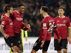 Hannover 96 dreht zweimal einen Rückstand und siegt mit 3:2 gegen Heidenheim