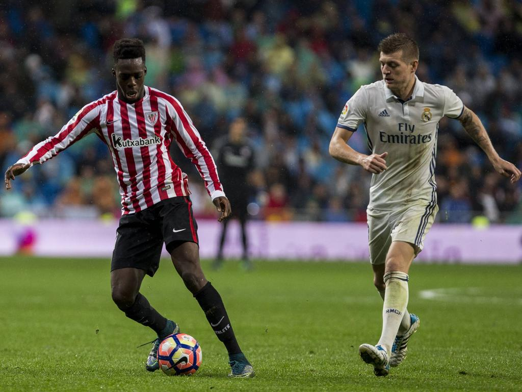 Iñaki Williams contra el Real Madrid de Toni Kroos. (Foto: Getty)