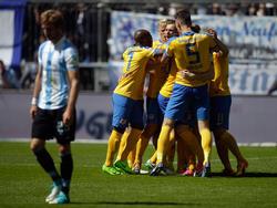 Die Eintracht-Löwen bejubeln das goldene Tor von Christoffer Nyman