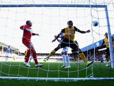 Paul Robinson (izq.) recibe un gol en una imagen de archivo. (Foto: Getty)