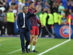 Doppelt hält besser: Nach diesem Motto führte Santos Portugal zum EM-Titel