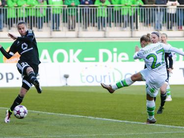 Isabel Kerschowski (r.) erzielte das 1:0