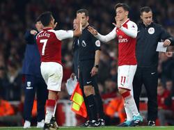 Alexis Sánchez und Mesut Özil bleiben vorerst bei den Gunners