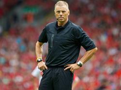 Ex-Schiri Mark Halsey sorgt für Wirbel im englischen Fußball