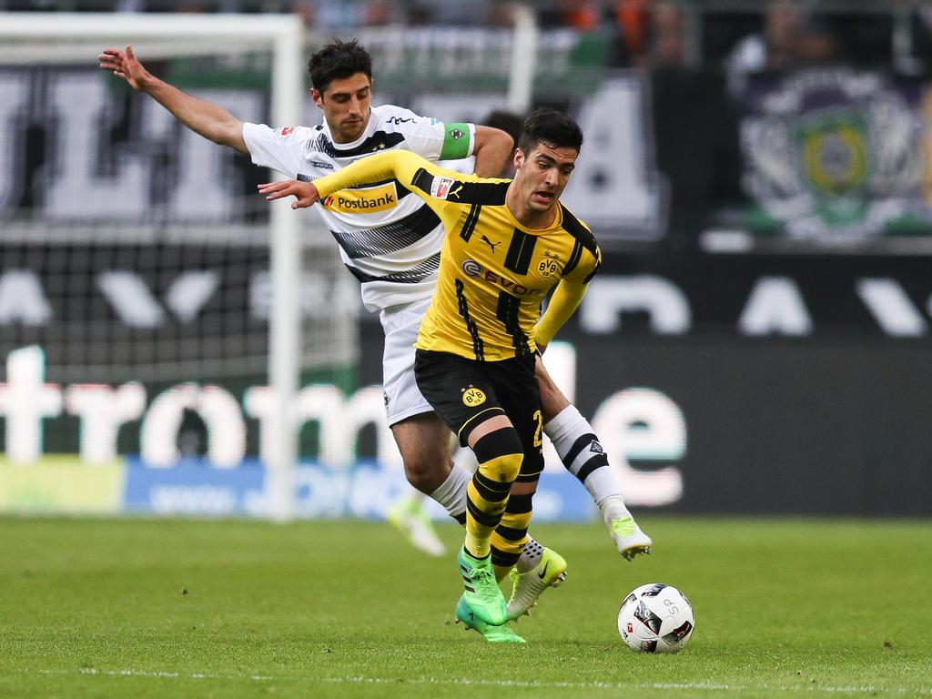 Mikel Merino (vorne) kam bei Borussia Dortmund nur sporadisch zum Einsatz