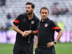 Claudio Pizarro (l.) und Rafinha kickten letzten Jahr noch zusammen in München