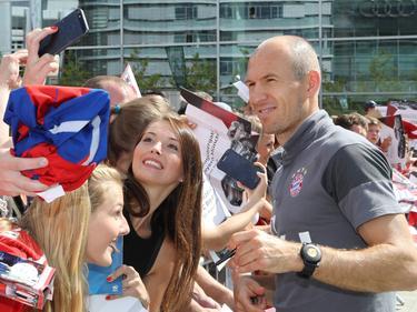 Arjen Robben steht bisher nur neben dem Platz im Fokus