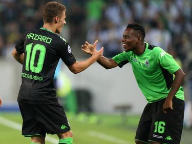 Gladbachs Hazard (l.) und Traore (r.) bejubeln den Einzug in die Champions League
