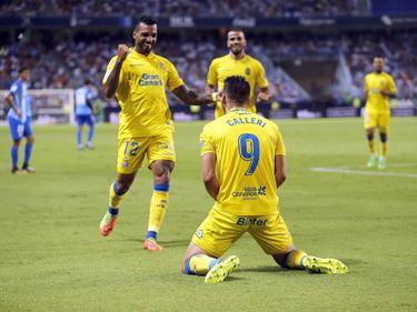 Calleri celebró su gol junto a Míchel Macedo. (Foto: Imago)