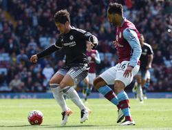 Pato (l) spielte zuletzt auf Leihbasis für Chelsea
