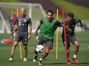Arjen Robben, Mats Hummels und Thomas Müller (v.l.) beim Training