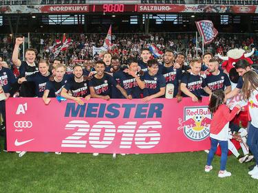 El Salzburgo de Soriano sonsiguió por tercera vez consecutiva el título en Austria. (Foto: Getty)