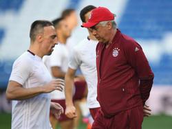Franck Ribéry (l.) und Carlo Ancelotti sollen nicht gut aufeinander zu sprechen sein