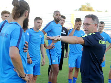 Damir Canadi mit seinem Team Atromitos