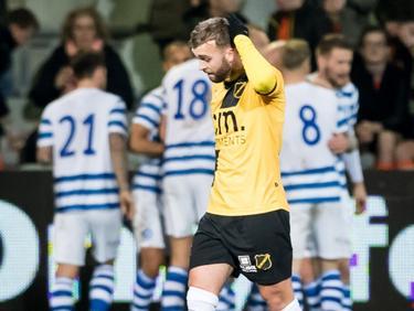 James Horsfield baalt, want zijn NAC Breda staat op een 1-0 achterstand tegen De Graafschap. (03-03-2017)