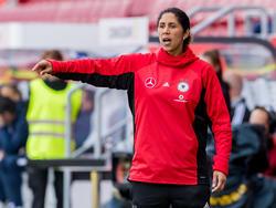 Steffi Jones und die DFB-Damen feierten einen gelungenen Auftakt in die WM-Quali
