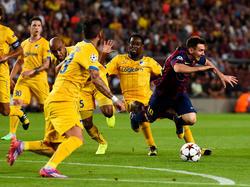 Lionel Messi sieht gelb