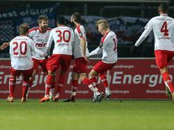 Fortuna Köln feiert einen der fünf Treffer gegen Rostock