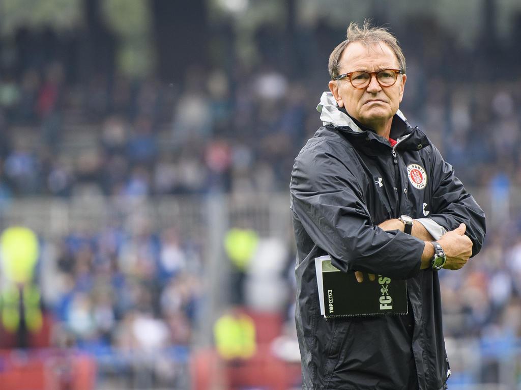 Ewald Lienen ist Trainer beim FC St. Pauli