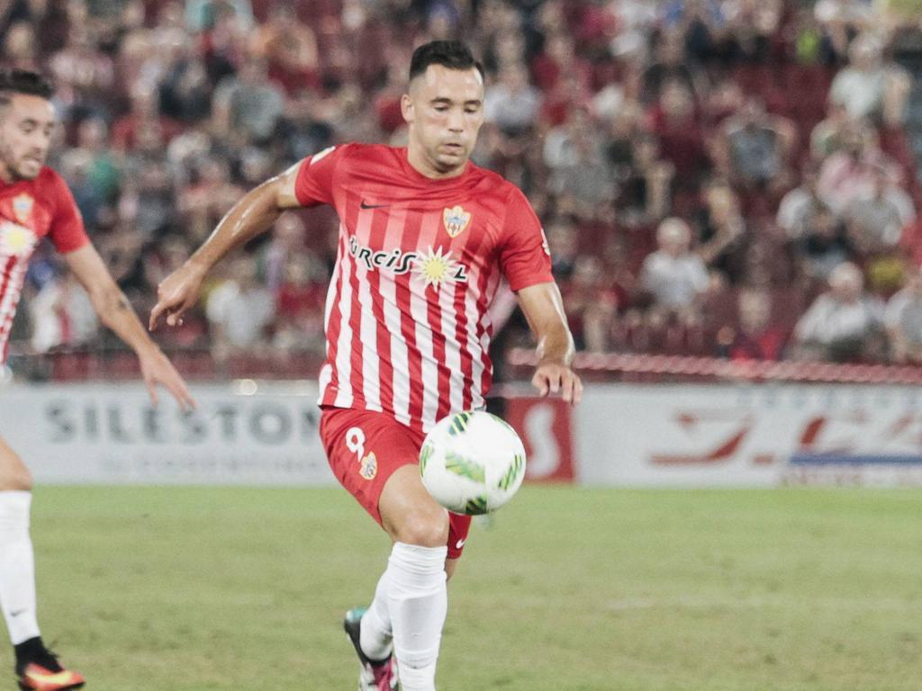 Quique González seguirá en el Almería hasta 2021. (Foto: Getty)