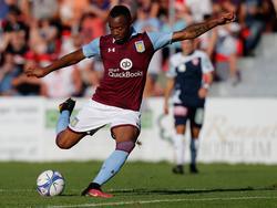 Jordan Ayew kickte zuletzt bei Aston Villa
