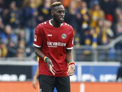 Unzufrieden: 96-Verteidiger Sané hätte gern gegen Sandhausen gewonnen