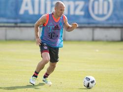 Arjen Robben ist nach seiner Verletzung wieder am Ball
