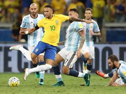 Neymar und die brasilianische Nationalmannschaft treffen auf Argentinien