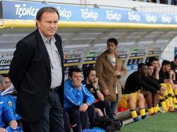 Ewald Lienen wird Trainer beim rumänischen Erstligisten Otelul Galati