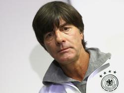 Joachim Löw kann sich Fußball ohne Abseits nicht vorstellen