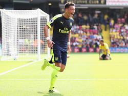 Mesut Özil ist einer der Lichtblicke bei Arsenal