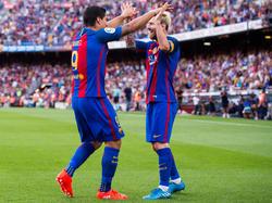 Suárez und Messi bejubeln den Auftaktsieg der Katalanen
