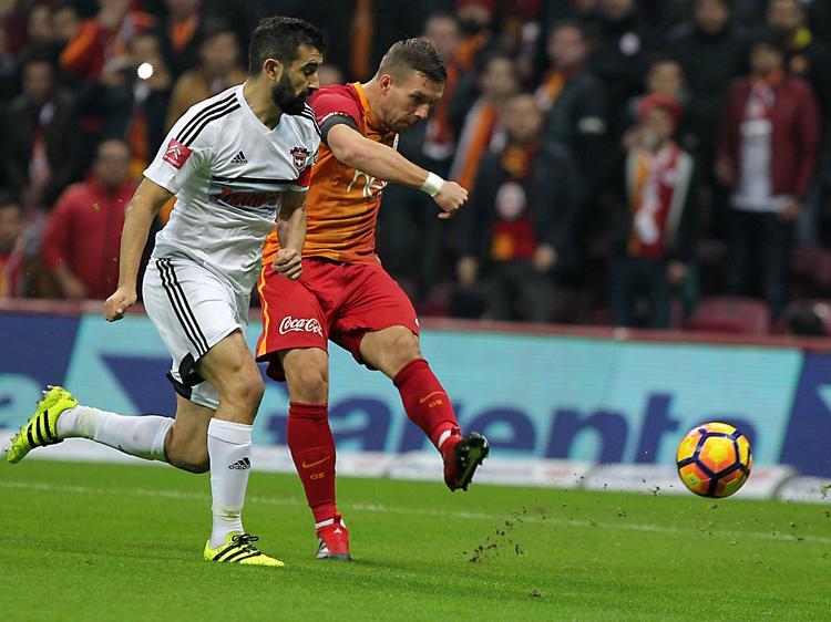 Lukas Podolski hat Galatasaray im türkischen Pokal zum Sieg geschossen