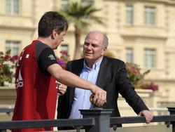 Bayern-Präsident Uli Hoeneß informierte sich im Trainingslager über den Zustand seiner Mannschaft