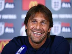 Antonio Conte wurde in seinem ersten Jahr als Chelsea-Coach gleich Meister